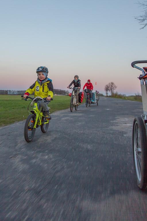 Wycieczka rowerowa na Podlasiu - w akcji lekkie rowery dla dzieci i przyczepki rowerowe :)
