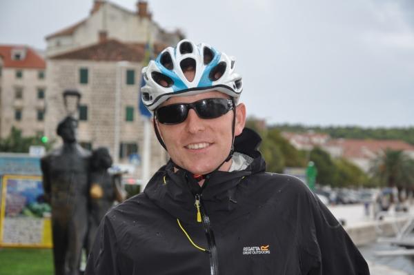 Lekka kurtka turystyczna Regatta Ultrafly Jacket - podczas deszczowej wycieczki rowerowej w Chorwacji