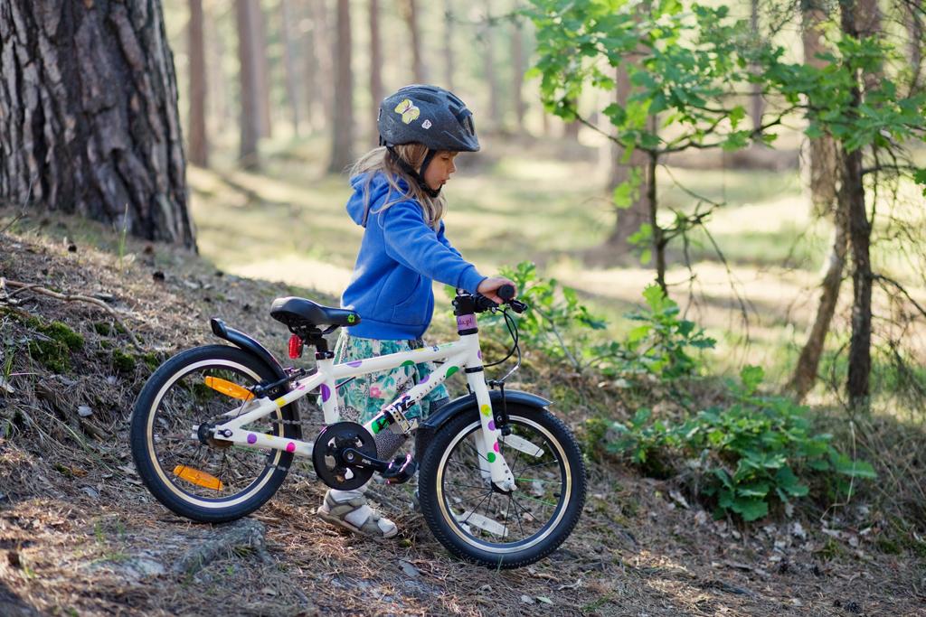 Frog 48 nad Bałtykiem - lekki rower dla 4-5 latki