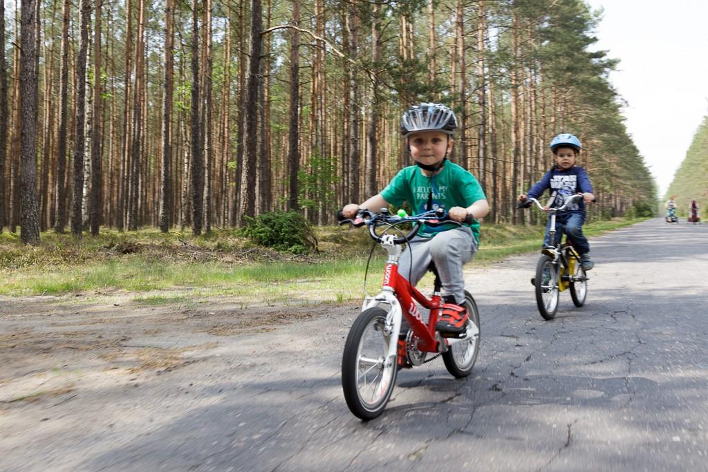 Towarzystwo na wycieczkach rowerowych to rzecz istotna! Nieważne na jakim rowerze się jedzie!