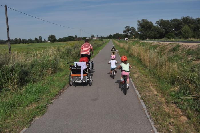 Na wjeździe do Goniądza - wspaniały odcinek Szlaku Green Velo