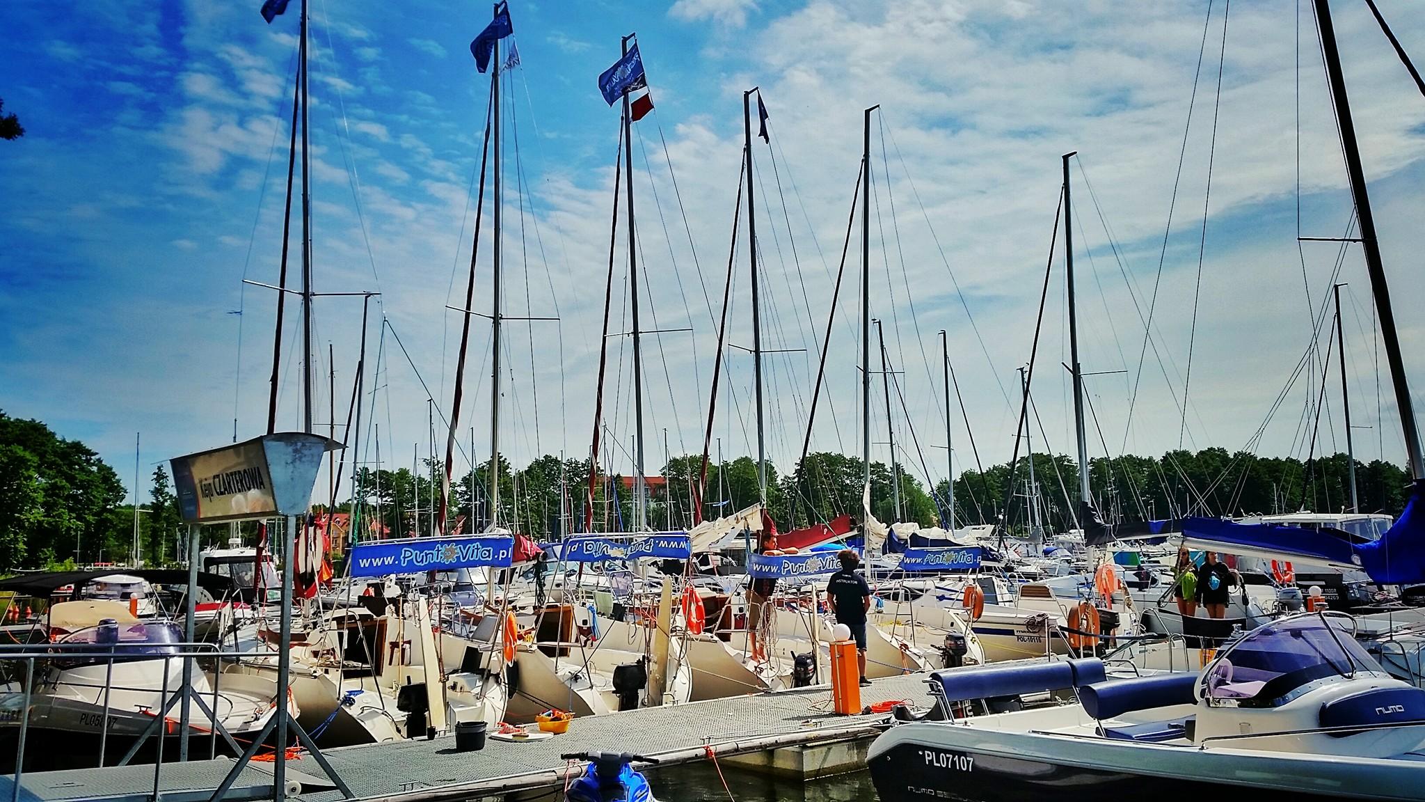 Przystań - baza żeglarska Puntovita na Mazurach