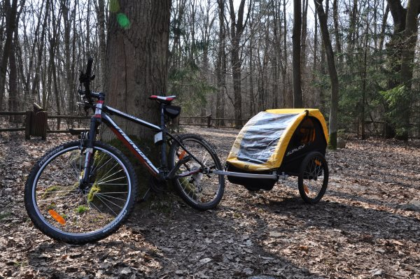 Przyczepka rowerowa Burley Bee - przyczepka rowerowa dla dzieci