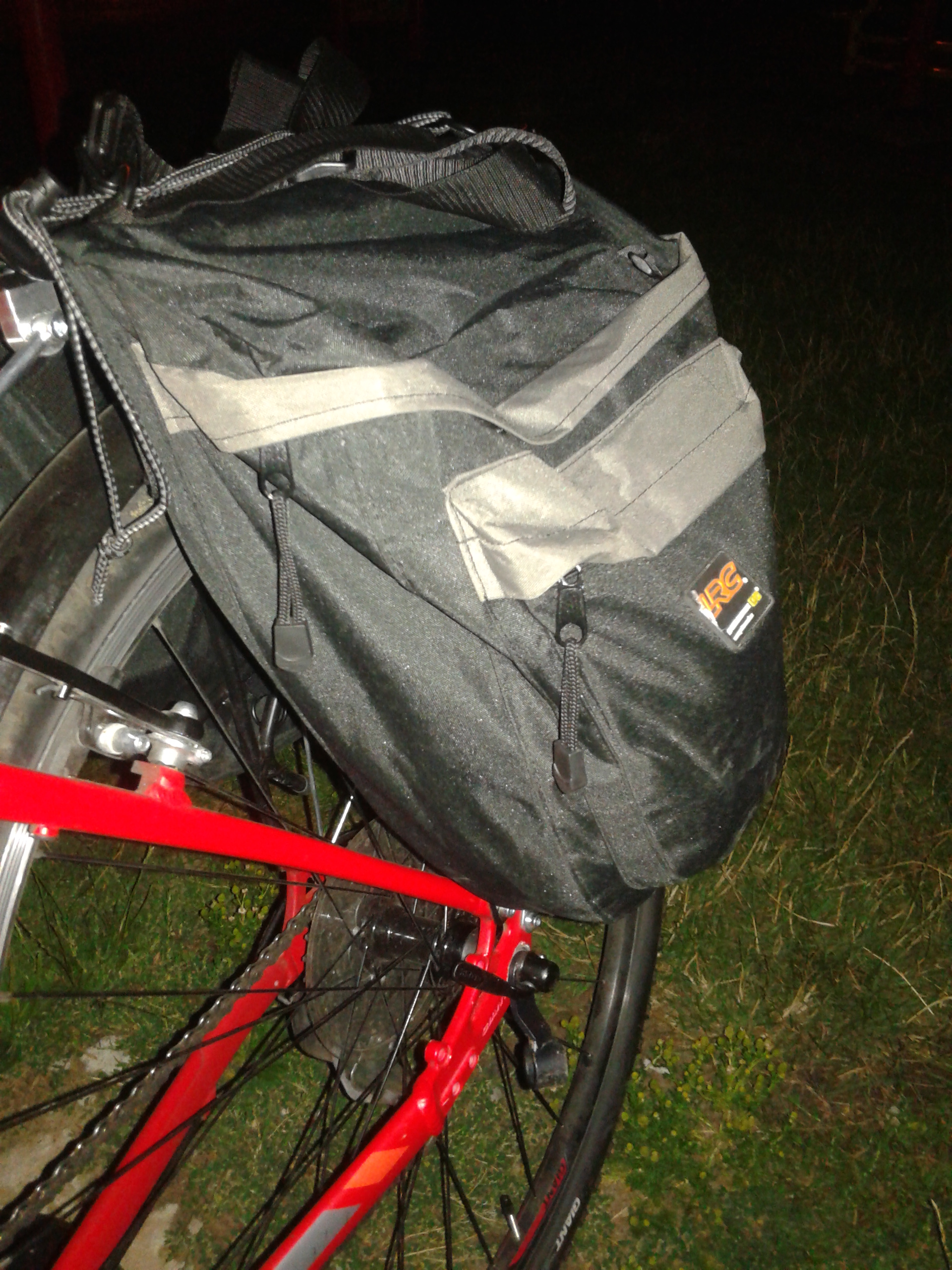 Sakwa rowerowa na bagażnik Sport Arsenal LRC 460